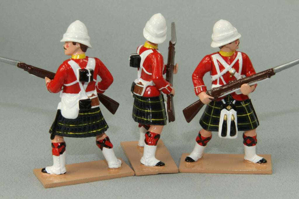 HR9C - Gordon Highlanders At the Ready, Red Tunic version. Made by Regal Toy Soldiers - Piers Christian Toy Soldiers - 2