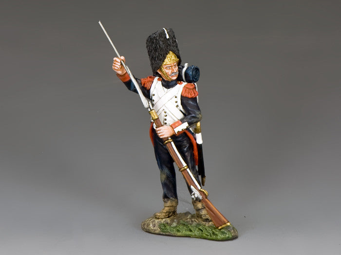 NA372 - The Old Guard, Standing With Ramrod. K&C Napoleonic French - Piers Christian Toy Soldiers