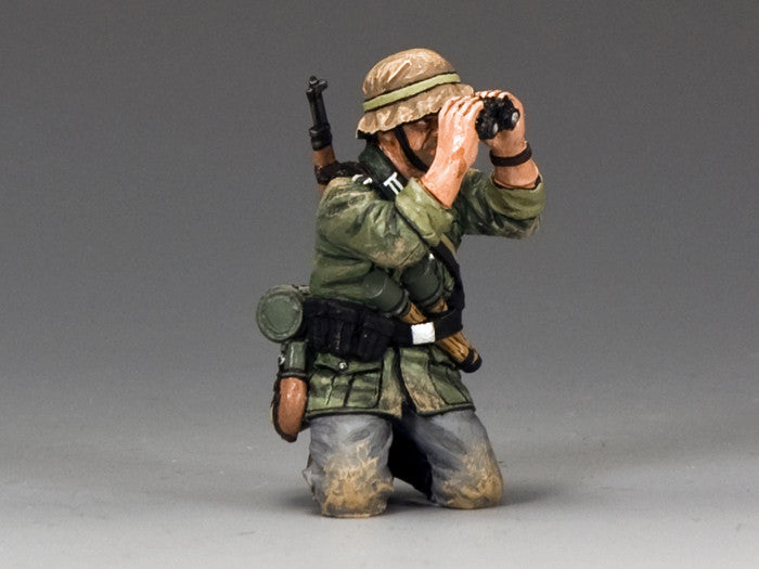 WS290 - Kneeling with Binoculars, WWII Classic Germans - Piers Christian Toy Soldiers