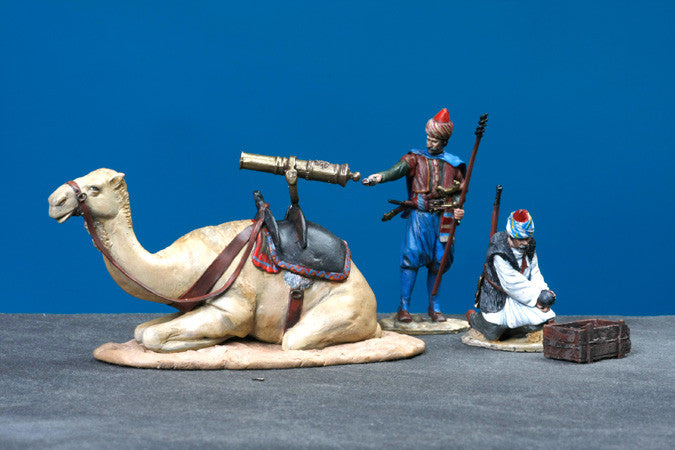 MM60-3 Two Turkish Soldiers Firing a camel mounted cannon from Manes Marzano Napoleonic - Piers Christian Toy Soldiers