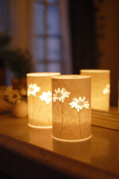 Daisy Candle Cover