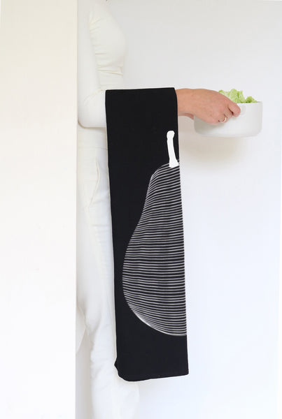 Pear tea-towel in black