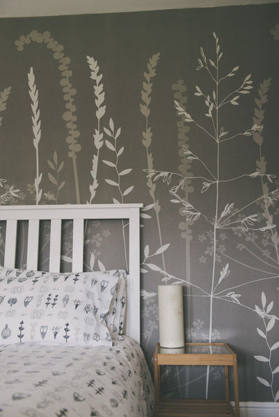 In The Tall Grass Wallpaper In Silver