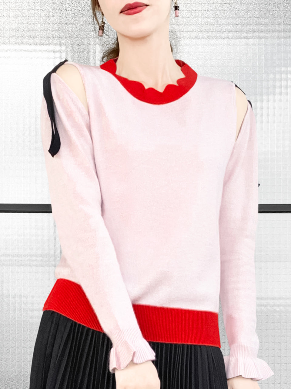 Pinky Colourblock Scallop Collar Cold-Shoulder Cashmere Blend Sweater