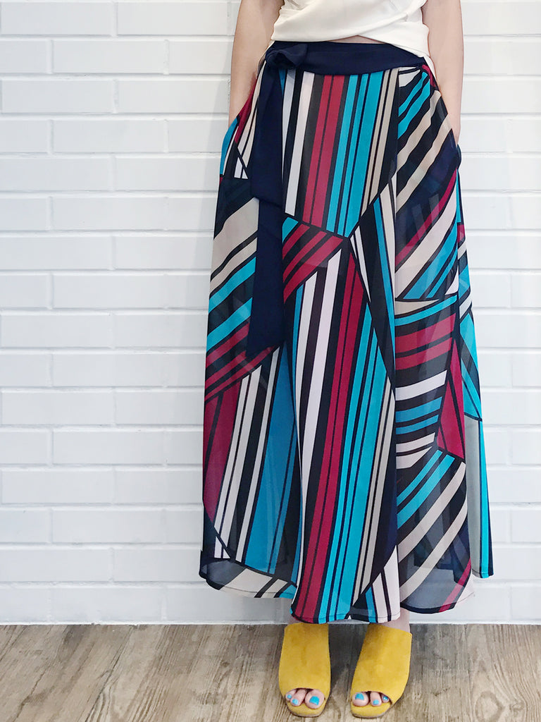 Last Chance! Silky Stripe Printed Light Weight Palazzo Pants