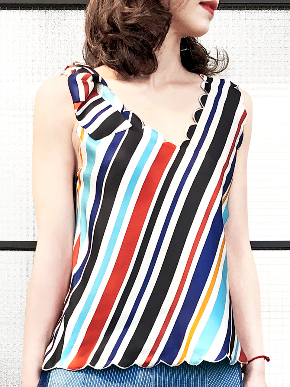 Surprise Sale! Retro Stripe V-neck Silk Tank With Removable Bow