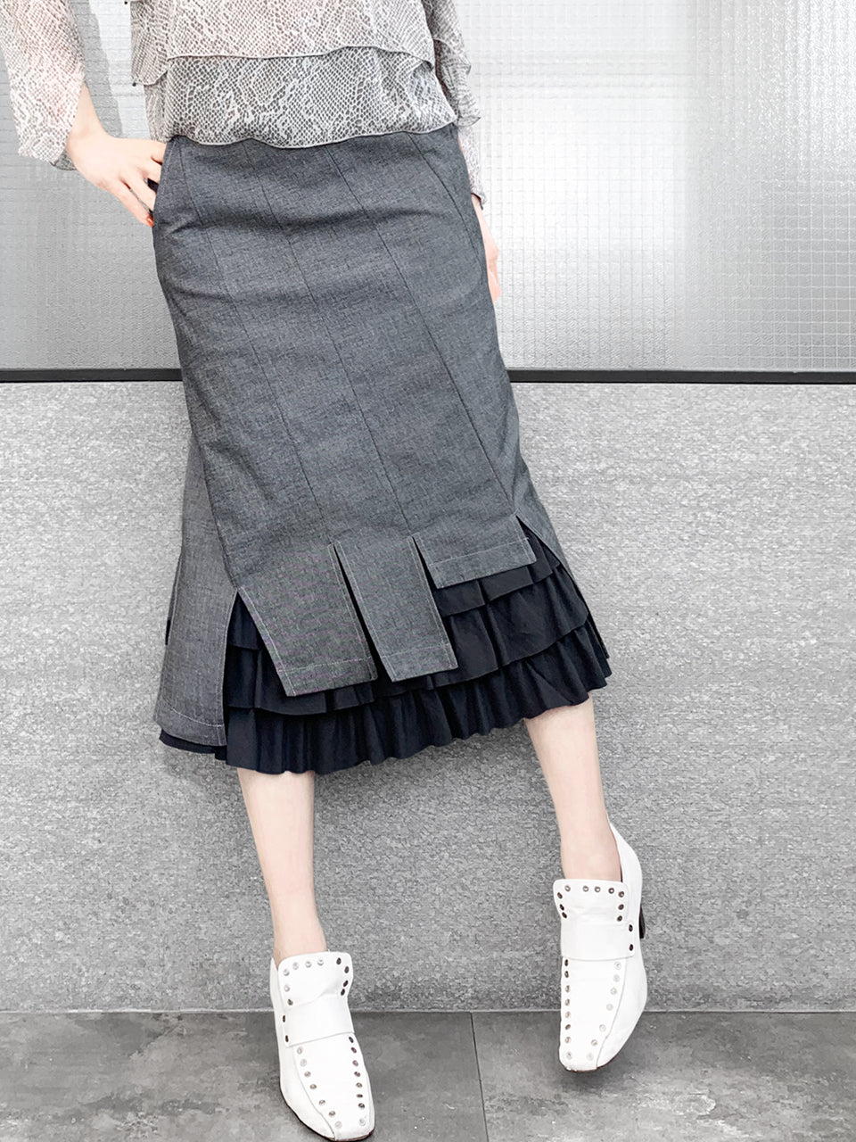 Black Denim Swirl Seam Layered Ruffle Hem Fitted Skirt