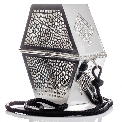 Filigree handbag handmade in Morocco - conscious design produced fairly