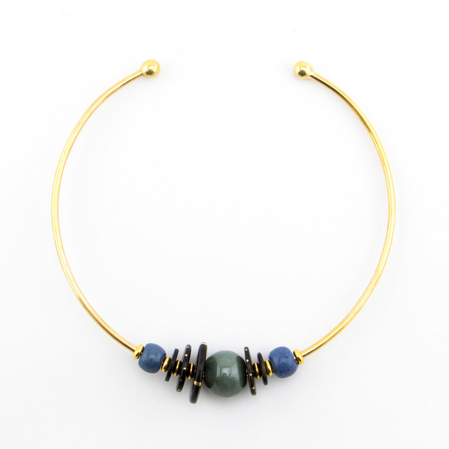 African style choker with beads and horn - fairtrade production in Kenya.