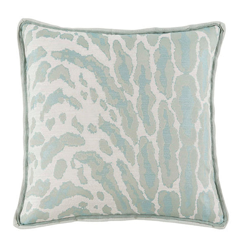 Kenley Pillow, Tropic