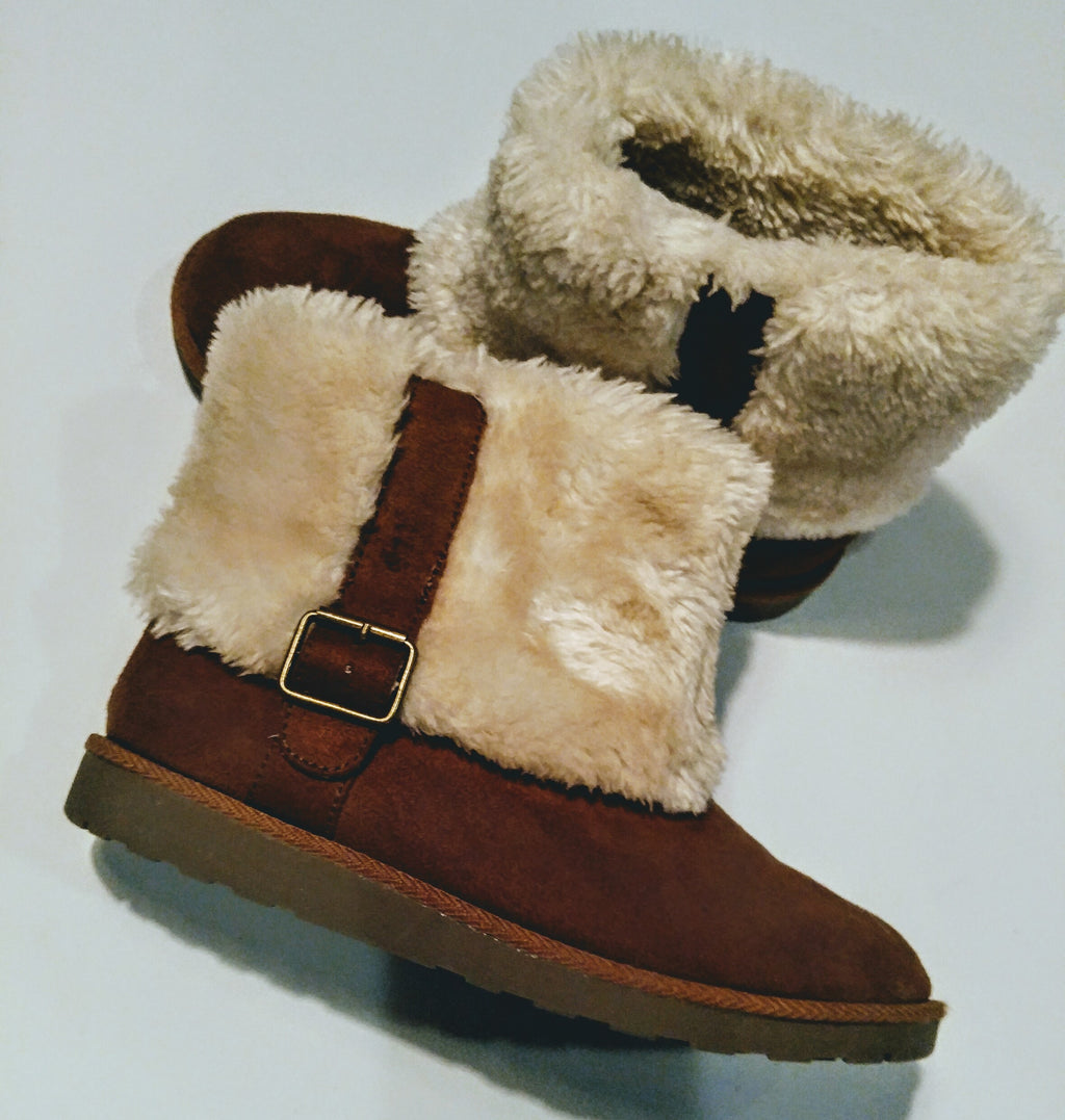 Kohl's  brown boots with cream fur size 6