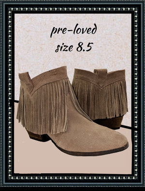 Restricted pull on suede booties size 8.5 (b)