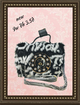 Betsey Johnson handbag, how can you resist! (b)