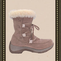 ULU snow boots -  classy and comfy- size 7(b)