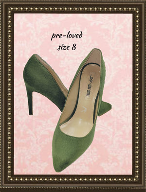 Leila Stone apple green shoe - so unique - size 8 (b)