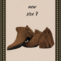 Faded Glory slip-on ankle boots - so cute! - size 7 b)