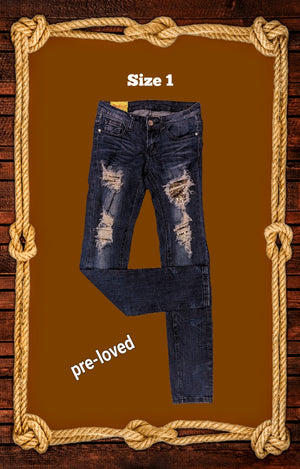Mackine destroyed jeans size 1