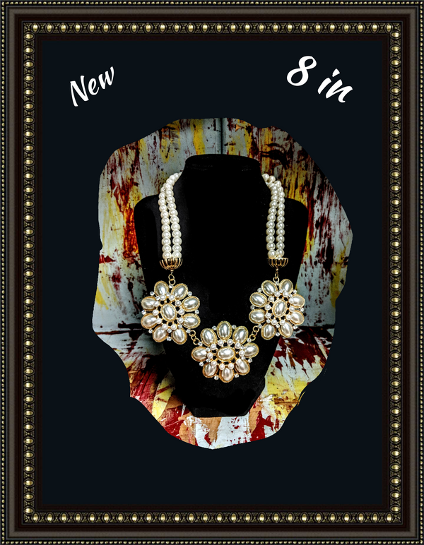 Make a statement; bold pearl look necklace""