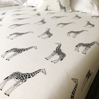 Giraffe Fitted Cot sheet - Fred & Noah