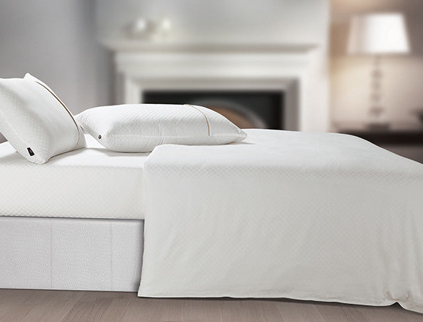 Buy Oxford Single Duvet Cover in White Colour -Online Happymonk India