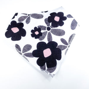 Flower Power Bib - CLT Boutique