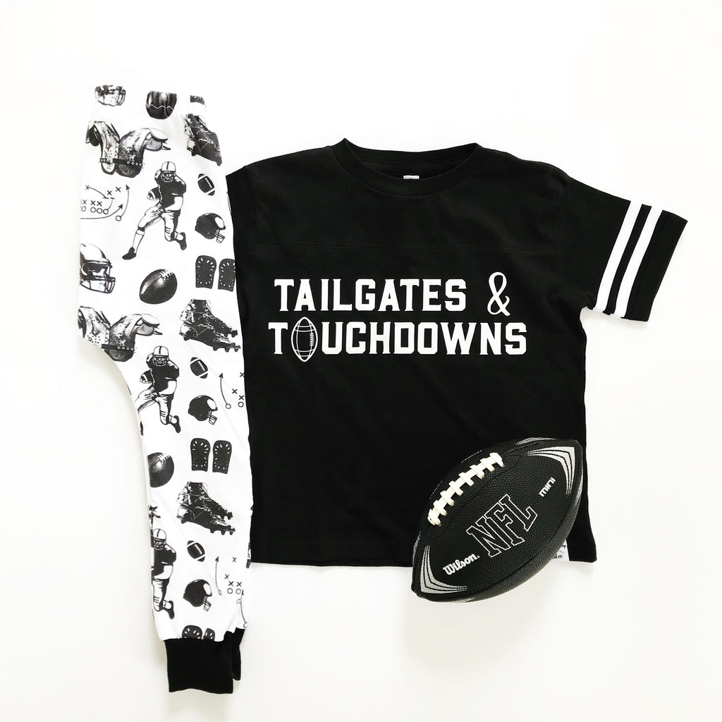 Tailgates and Touchdowns - Tee