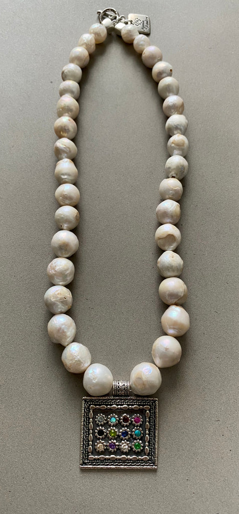 Pearl necklace with Sterling Silver Hoshen Pendant and a prayer