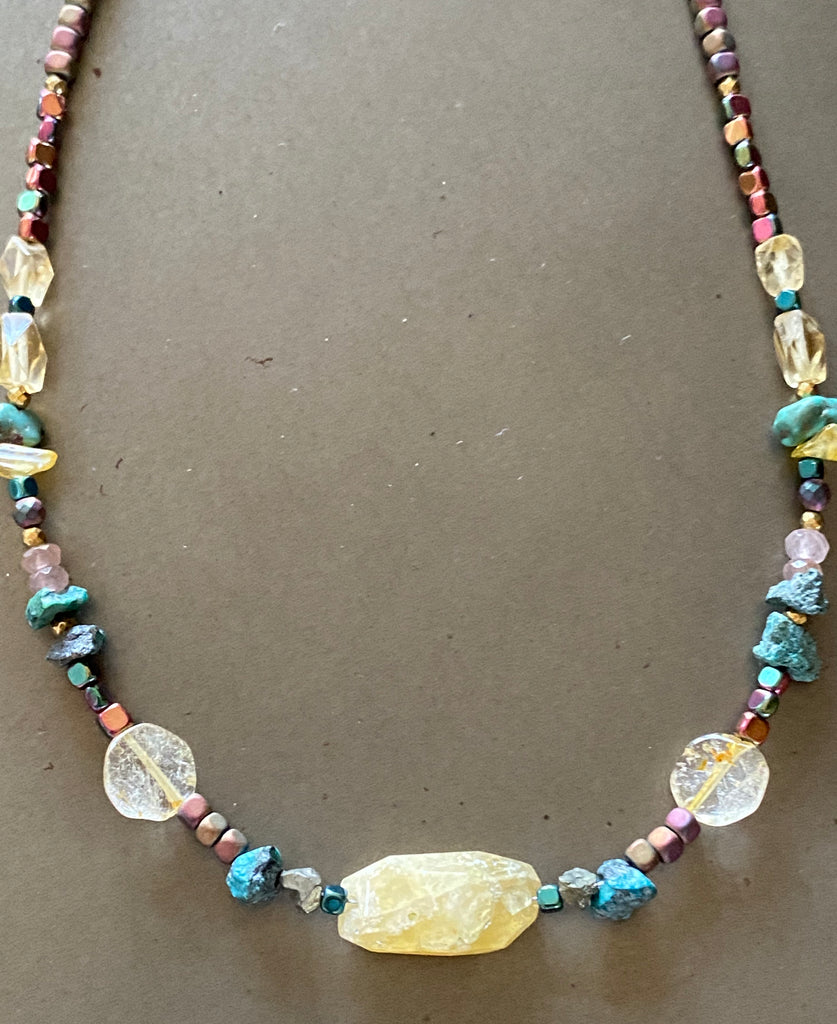 Choker necklace with gems