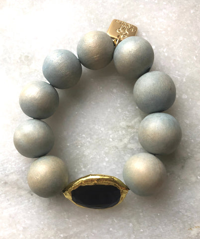 Wood beads Bracelet with a  Blue Cat's Eye stone