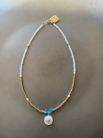 Hemati and Pearls choker necklace with a pearl pendent
