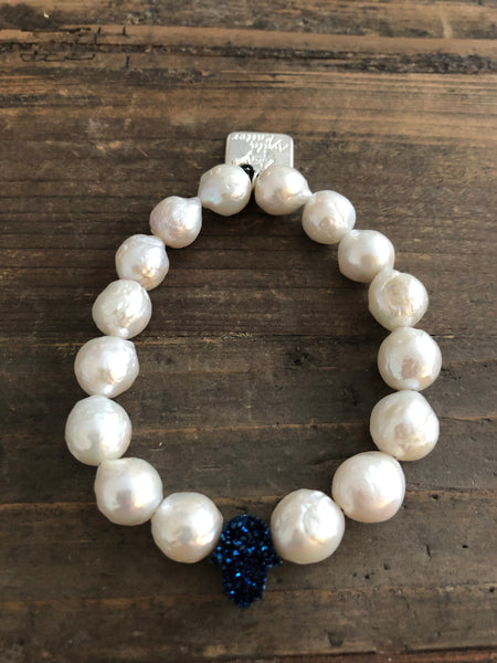Pearl Bracelet with Druzy Quartz Hamsa