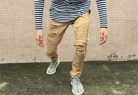 Distressed Slim Fit Jeans