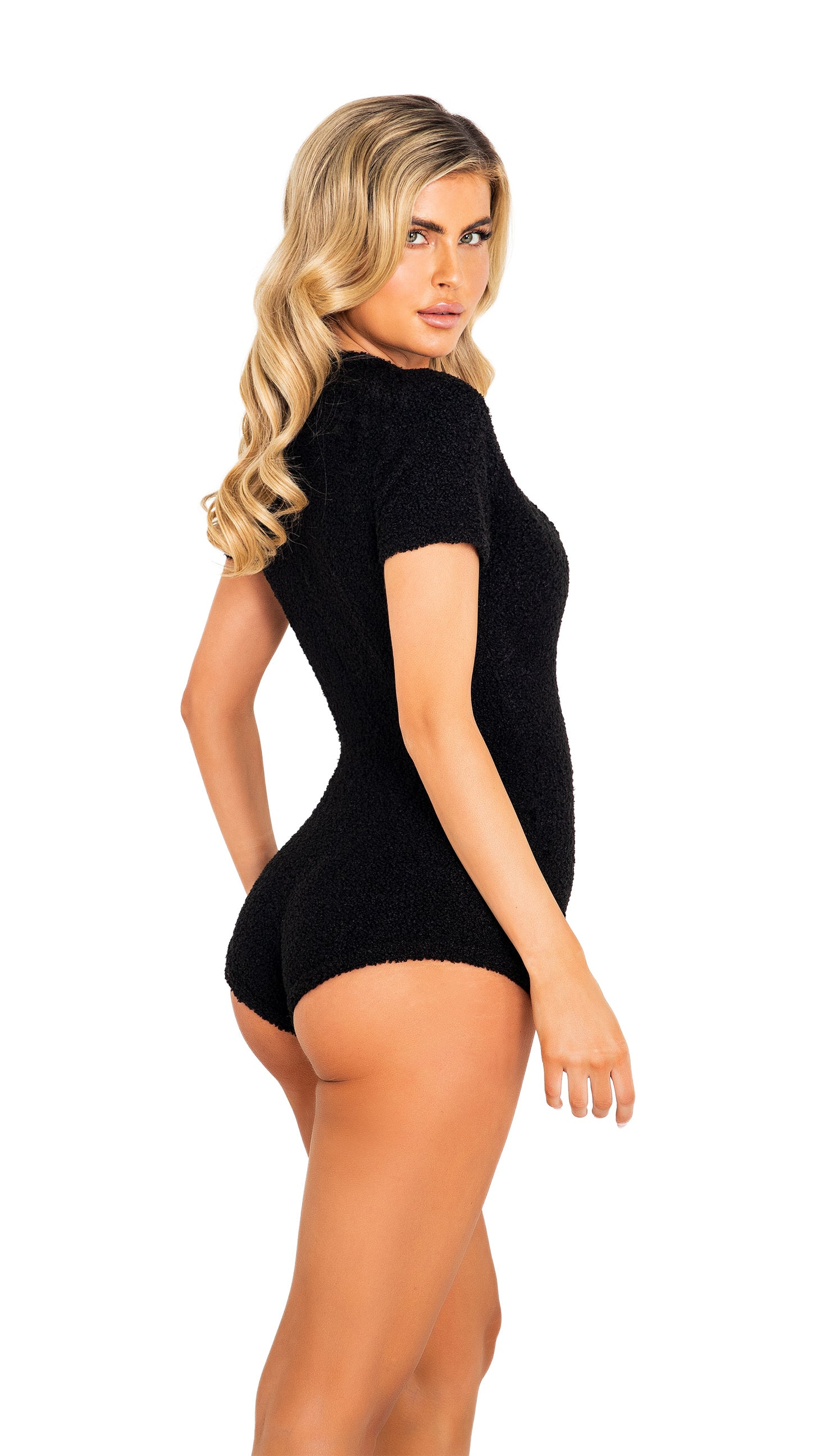 LI413 - 1pc Cozy & Comfy Fuzzy Romper with Snap Closure