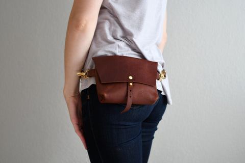 The Bogotá Hip Bag - Rustic Red