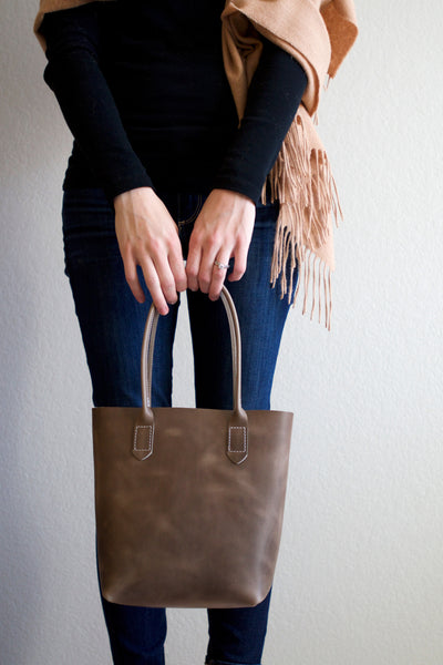 Leather Market Tote Bag in Storm Cloud Horween Leather