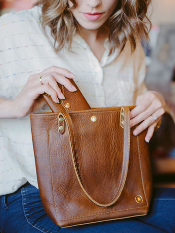 Leather Market Tote Bag in Wild Honey Kodiak Leather