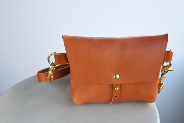 The Bogotá Hip Bag - Sienna Vegetable Tanned Leather