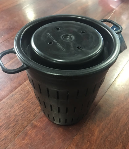 Plastic Fishing Burley Pot with Screw Top Lid - Black