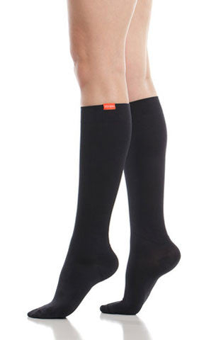 Women's Moisture-wick Nylon Compression Knee Socks