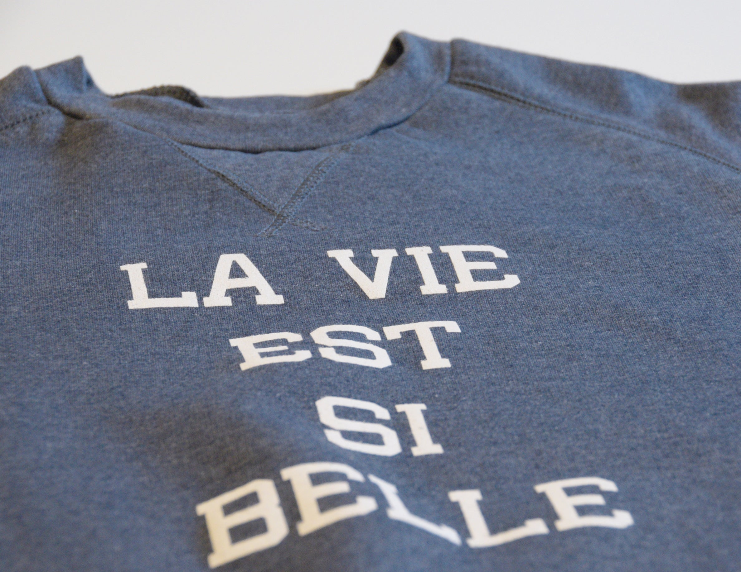 LA VIE EST SI BELLE // Chandail Bleu Cendré // Heather Blue Crewneck Sweater