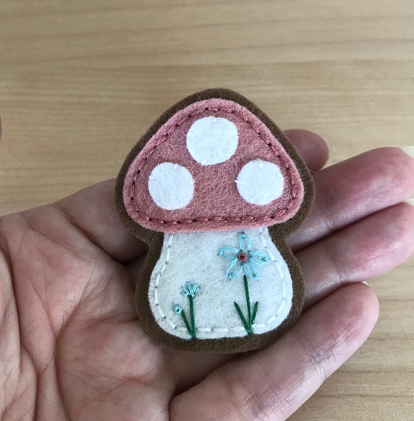 Toadstool Wool Felt Pin in Dusty Pink
