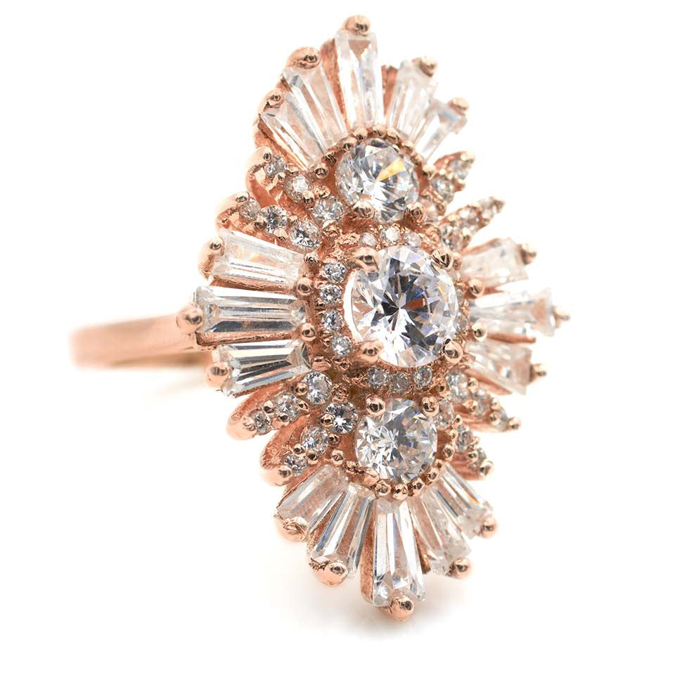 Trifecta_3.66ct_vintageinspired_engagementring_unique_rosegold