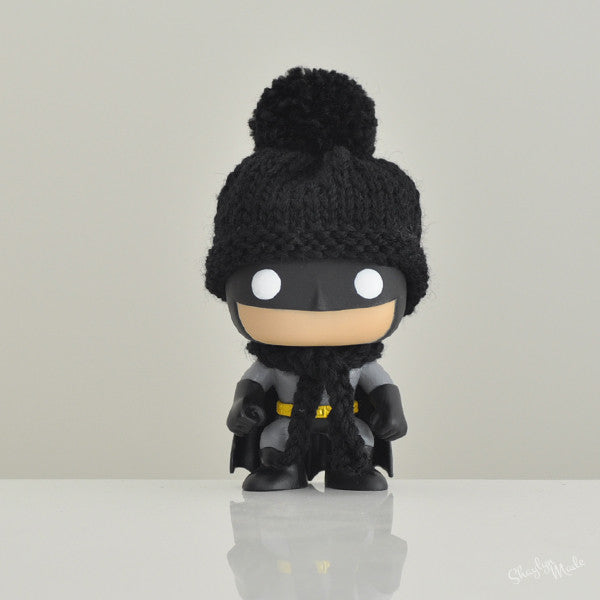 Pop! Apparel Knitted Beanie & Scarf Set [Black] - Fugitive Toys
