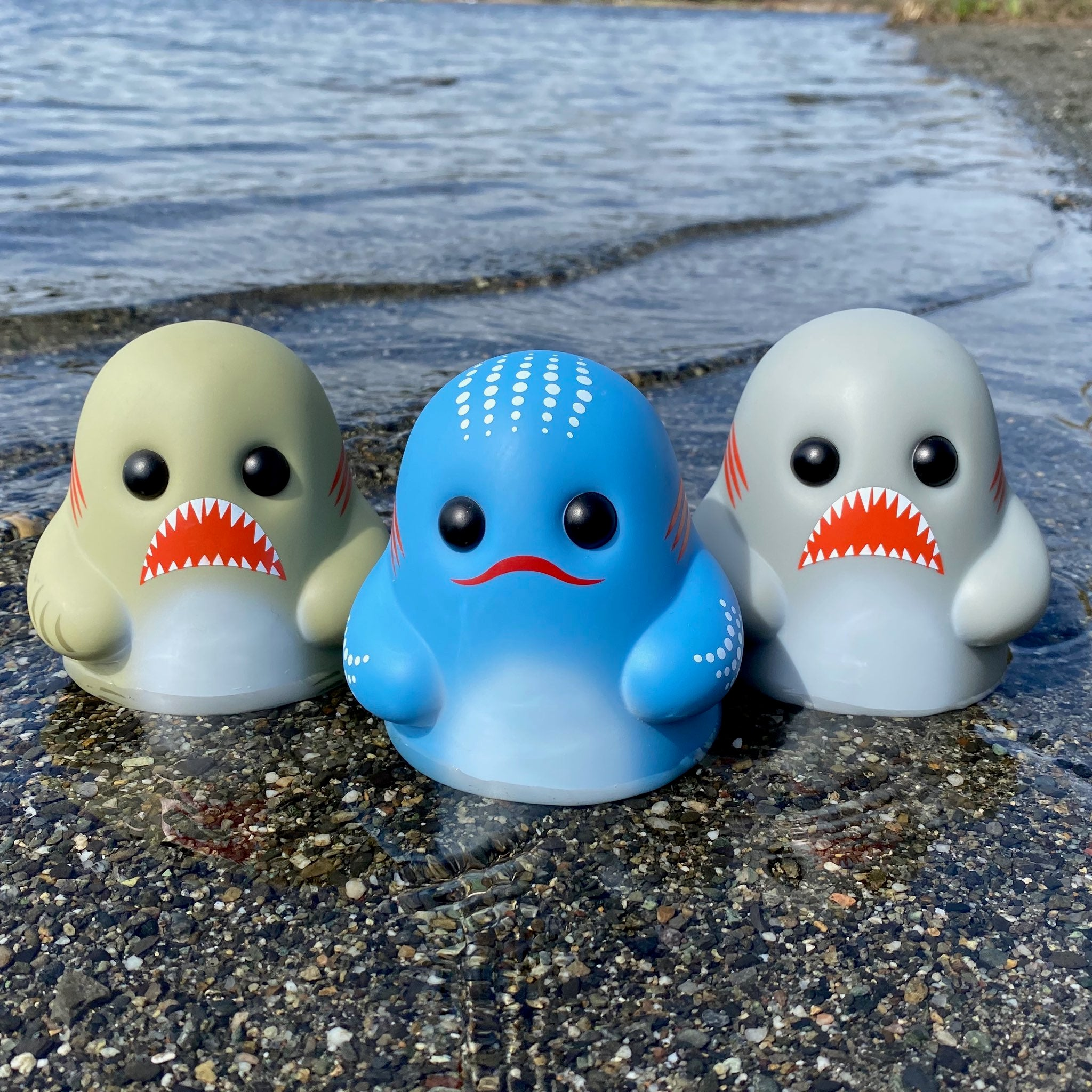 Bimtoy Tiny Ghost 3 Inch Vinyl Figures Sharks [3 Pack] - Fugitive Toys