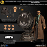 Mezco One 12 x DC Commissioner Gordon and Bat Signal Deluxe Edition [2019 SDCC] - Fugitive Toys