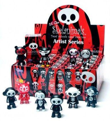 "Skelanimals 2.5"" Qee Designer Series (Case of 25)"