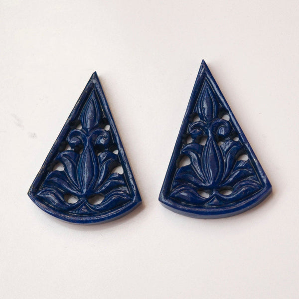 LAPIS LAZULI Gemstone Carving : 24cts Natural Untreated Unheated Blue Lapis Gemstone Hand Carved Triangle Shape 30*20mm Pair For Jewelry