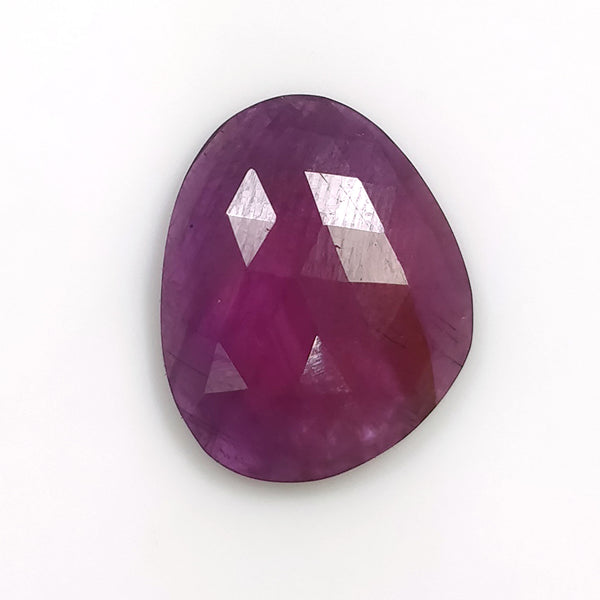 Raspberry PURPLE SAPPHIRE Gemstone Cut : 8.50cts Natural Untreated Sapphire Gemstone Uneven Shape 16.5*13mm 1pc For Ring/Pendant