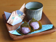 Japanese food styling for Sakura Mochi (Cherry Blossom Rice Cake) with Catchy Cat Origami