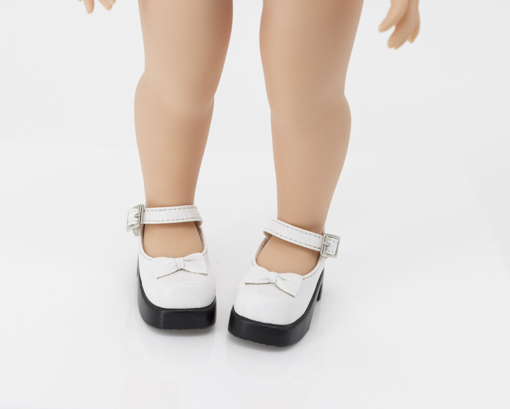 White  shoes for Disney Animators dolls